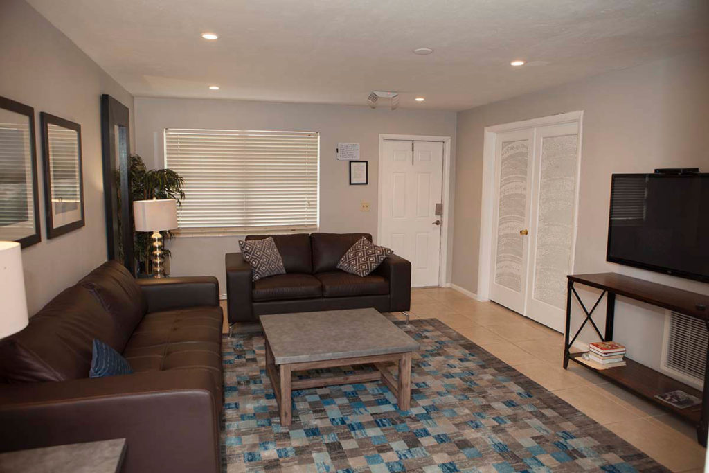 florida-recovery-group-residences-5th-st-mens-house-6